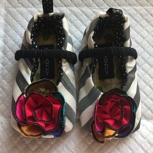 Other - NWT Baby girl shoes